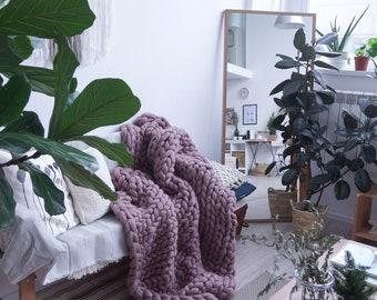 Giant Blanket, SALE ! Blanket, Giant knit throw, Merino wool blanket, Bedding, Knit blanket, Chunky blanket, oversized chunky blanket