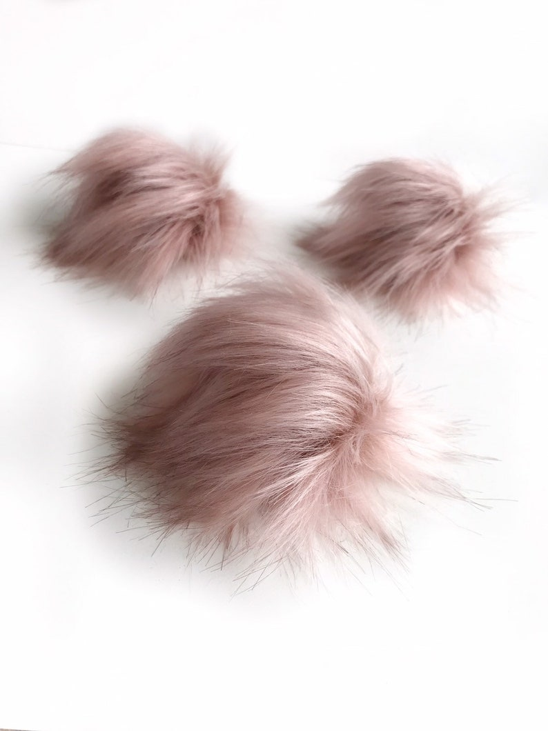 faux fur Pom Poms NEBULA