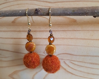 Earrings orange felted wool