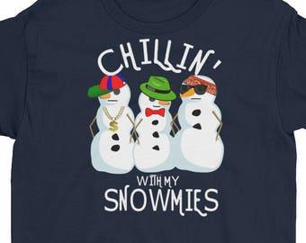 Chillin' With My Snowmies - Snowman T Shirt - Winter Shirt Design - Cute Snowmen - Holiday Shirt - Youth Short Sleeve T-Shirt