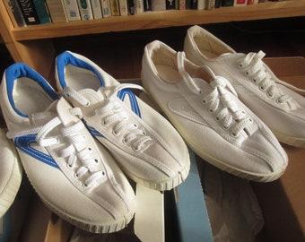 b53ff49a73d Size Women s 7.5 80s Tretorn Canvas Tennis Shoes   Low Profile