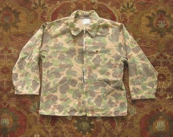 8447090795f39 Medium 80s Cabela's 100% Cotton Camo Hunting Jacket / Camouflage,  Duckhunter, 1980s, Distressed