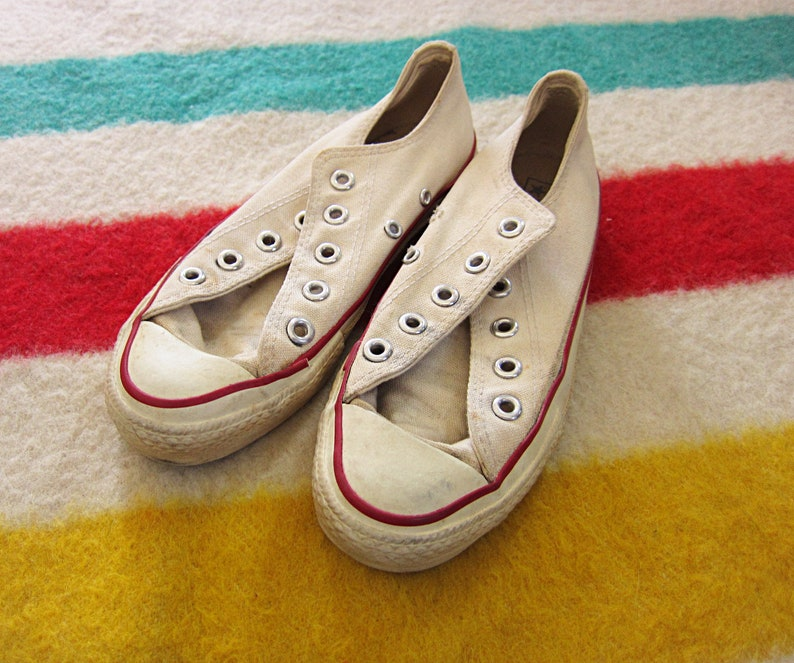 fb5c5af3148070 Size 3 80s Converse Chuck Taylors Made in USA   Women s