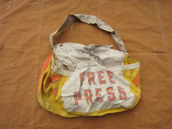 Vintage 50s / 60s Free Press Newspaper Delivery Ba