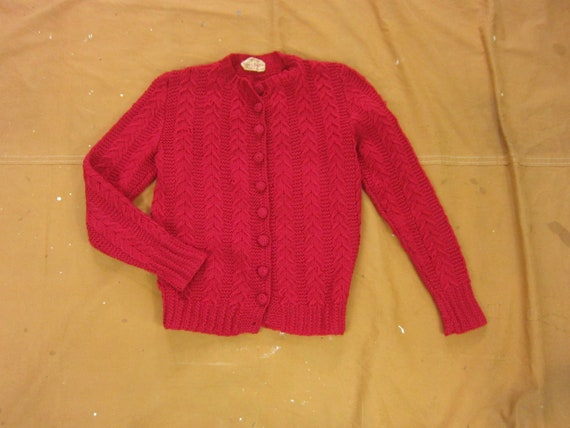 Small 50s Women's Cable Knit Cardigan Sweater / 10