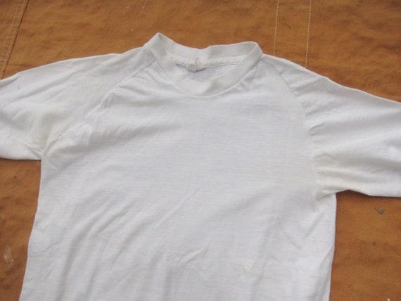 XS / Small 70s Raglan Blank White T-shirt / Poly … - image 7