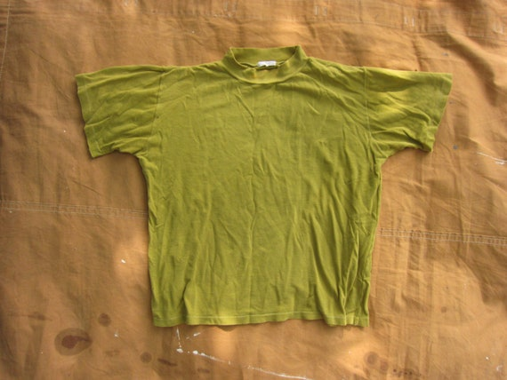 Small 50s 100% Cotton Green Yellow Mock Neck T-shi