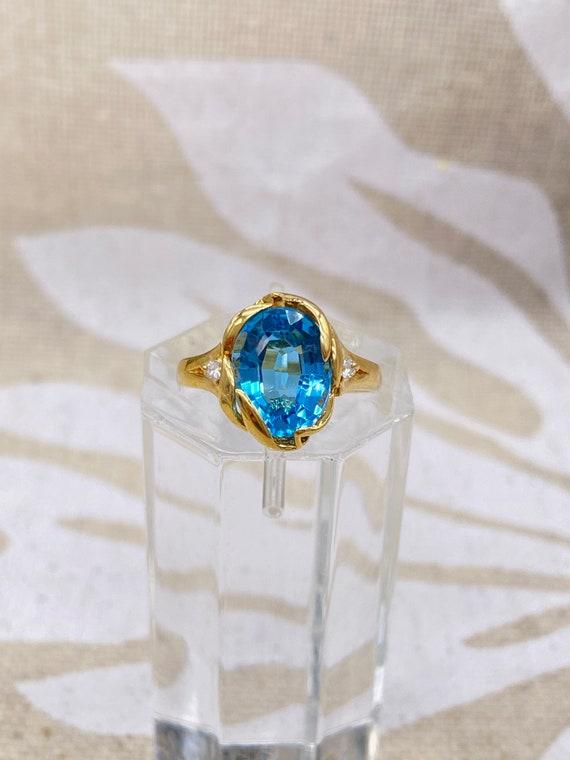 14k Gold Light Blue Topaz Ring with Diamonds