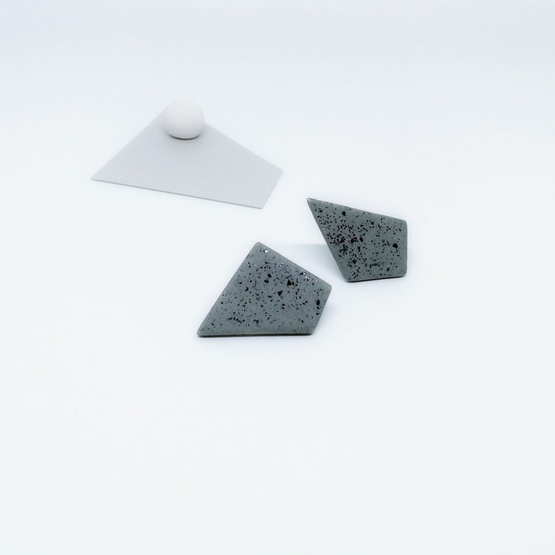 Polygon Stud Earrings Gray Geometric Stud Earrings Grey image 0