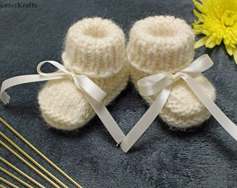3.Baby boots, baby shoes, knitted baby booties, baby boy or girl booties, 3-6 months, hand knitted baby booties, infant slippers, baby socks