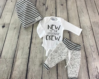 BOY OR GIRL long sleeve baby suit NEW TO THE CREW printed in AUSTRALIA