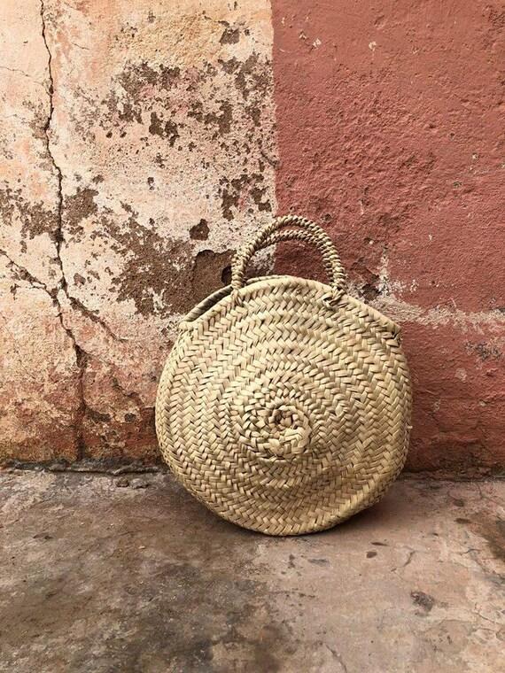 panier osier rond marocain sac en paille panier en osier. Black Bedroom Furniture Sets. Home Design Ideas