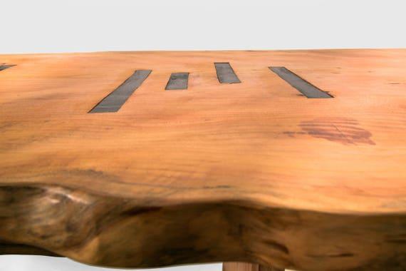 Tavolo in legno di Cedro del Libano