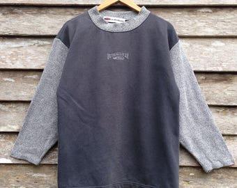 Vintage Quicksilver Surfwear Nice Design Sweatshirt Pullover Medium size
