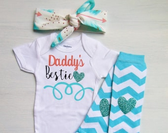 Daddys Bestie Outfit/ Father's Day Baby Girl Outfit/ Baby Girl Onesie/ Daddies Girl Outfit/ Father's Day Outfit Girl/ Newborn Girl Outfit