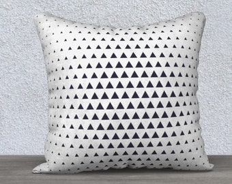 Decorative cushion cover black and white triangle, pillowcase, gift, nursery pillow, black and white pillow cover, cushion, decosalon