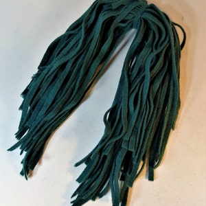 Dorr Wool Eggplant Wool Strips on Number 8 Blade 18 Inches Long 50 Strips for Rug Hooking
