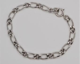 Vintage Sterling Silver Starter Charm Bracelet Double Link 7 12  7.25 \u201c Length Signed GB Sterling
