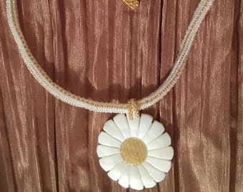 Mother of Pearl flower choker necklace