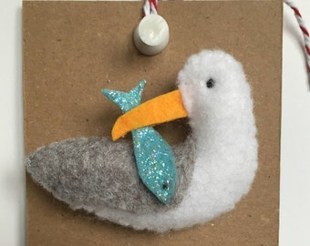 FELT BROOCH 'Hungry Seagull'