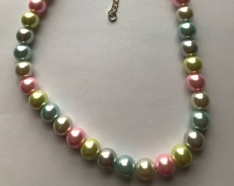 Necklace - Pastel Pearls