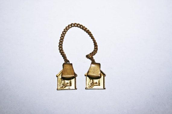 Antique Brass Dog House Cloak Clips - image 4