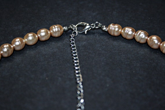Vintage Faux Pearl Necklace - image 5