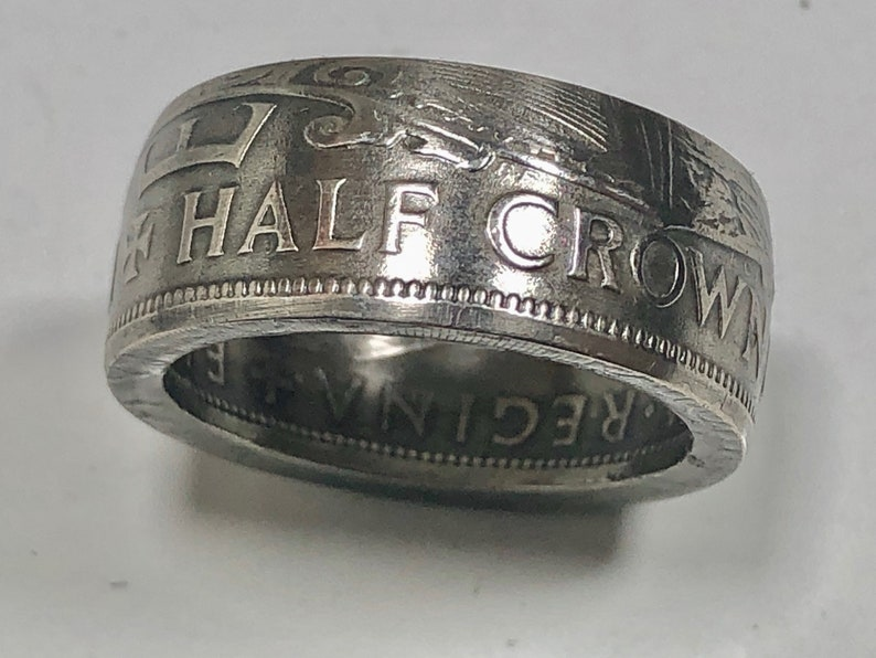 Silver 1887 British Half Crown Coin Ring.