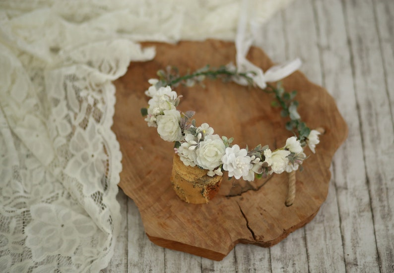 girl wreath  Holy communion Hair flowers crown First holy communion head wreath White girl floral wreath