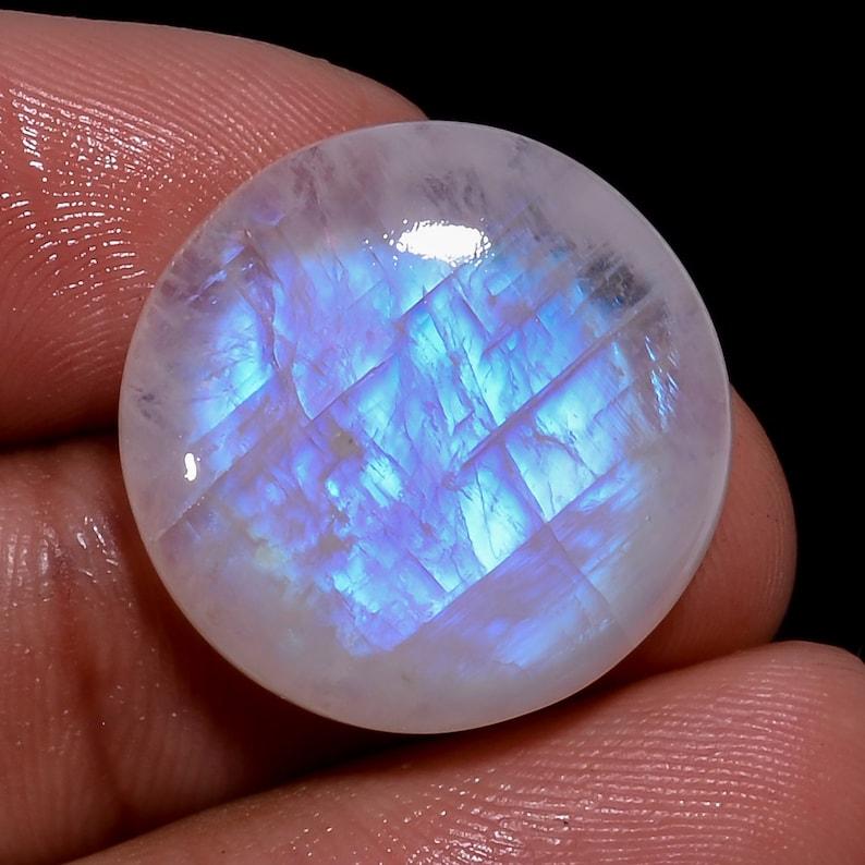 Rainbow Moonstone Cabochon,Blue Flash Top Designer Jewelry Use Stone,24x19x6 mm 1 Pcs,RM689 Oval Shape Natural Rainbow Moonstone Gemstone