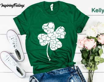 764dabc4a St Patricks Day Shirt Women Shamrock Unisex Shirt - Distressed Clover Graphic  Tees Womens St Patricks Day Tee Saint Patricks Day Shirt Women