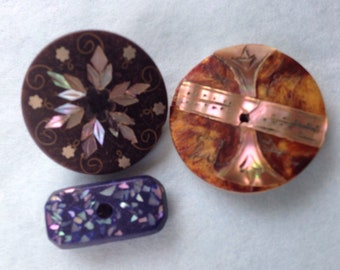 Inlaid mother of pearl buttons