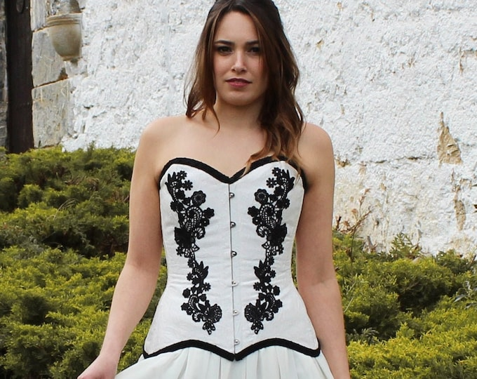 Black and white bustier top for viking wedding dress, Pagan goddess overbust corset silk and lace, Sweetheart bride corset top medieval larp
