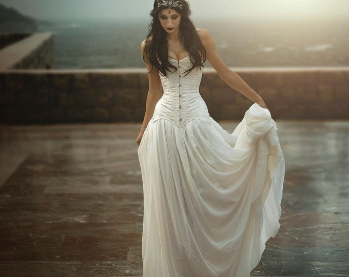 Fullmoon gothic nymph dress, White ethereal fae gown for fantasy wedding lotr, Elven fairy witch dress for wicca ceremony Elf priestess larp