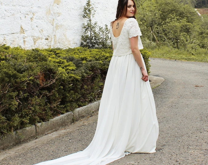 Ivory bridal dress for viking wedding celebration, Pagan bridal separates, Viking bridal dress, Off white wedding dress train, Hand fasting