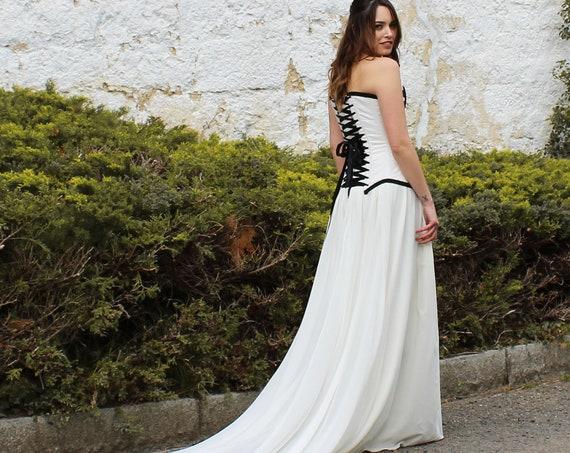 White Viking Wedding Dress, Bridal Dress with Train, Viking Handfasting, Celtic Corset Dress, White and Black Bridal, Elvish Wedding Dress