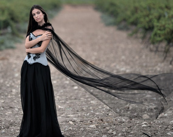 Black Gothic Cloak, Gothic Wedding Cape, Black Tulle Long Cloak, Vampire Wedding, Alternative Wedding, Wedding Cape Veil, Cosplay Long Cape