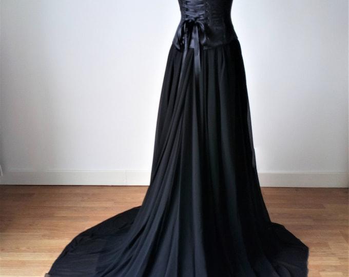 Black Wedding Dress, Gothic Wedding Dress Black, Victorian Vampire Wedding Dress, Romantic Goth Clothing, Black and Red Wedding Dress Long