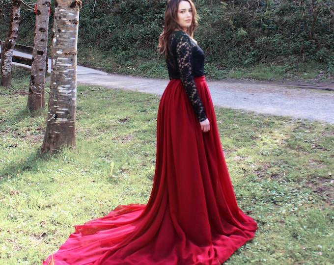 Black lace long sleeve wedding dress for outdoor ceremony, Dark red and black boho bridal dress for gothic wedding, Autumn elopement dress
