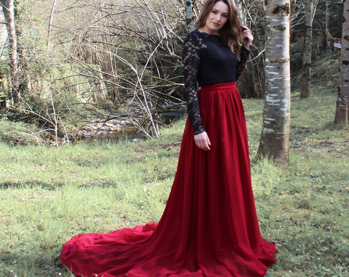 Outdoor wedding gown black and burgundy, Autumn dress for wedding long sleeve, Haizea couture gothic wedding dress, Boho lace wedding dress