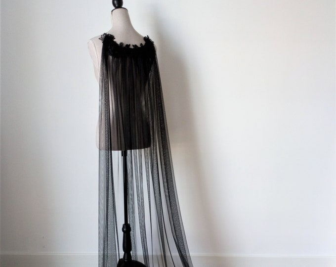 Black Tulle Cloak, Halloween Bride, Gothic Wedding Cloak, Black Bridal Cape, Halloween Party Cape, Dead Bride Costume, Medieval Witchy Bride