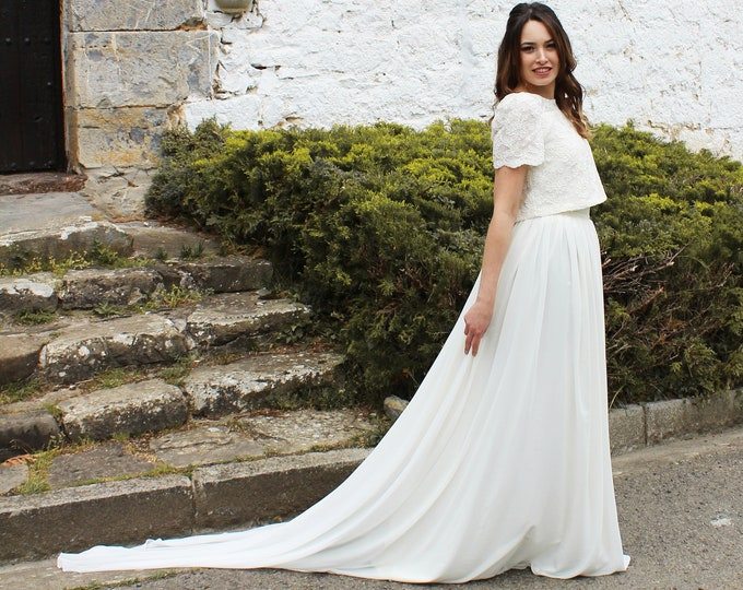 Two piece wedding dress for boho bride, Lace top and chiffon skirt, Romantic wedding gown separates, Short sleeve top wedding dress separate