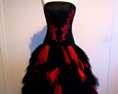 Black and red wedding dress, Tulle skirt, Satin corset, Gothic wedding dress, Black wedding dress, Steampunk wedding dress, High low wedding