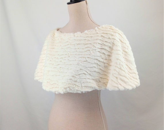 Cream faux fur cape shrug great bridal cover up for winter and spring wedding perfect snow queen costume capelet