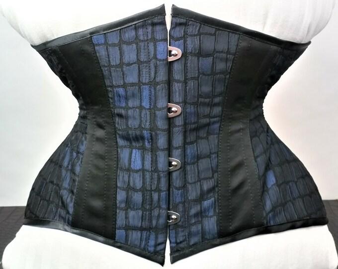 Steelboned underbust corset, Gothic waspie corset, Waist training corset, Goth underbust corset, Gothic lingerie corset, Bdsm couture corset