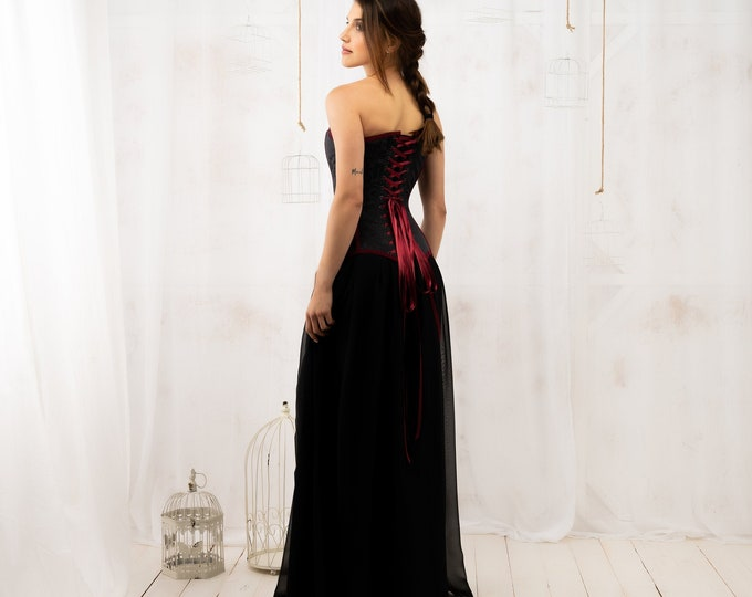 Lace up corset dress for evening reception, Wedding dress black and burgundy for goth bridal engagement, Alternative corset back bridal gown