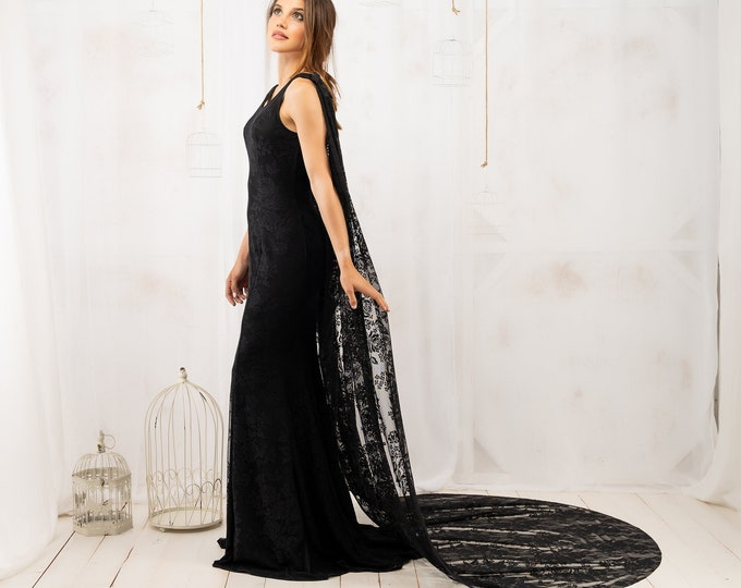Gothic black wedding dress with lace cape, Witch mermaid bridal gown with train for holiday reception, Elegant trumpet bride dress fitted