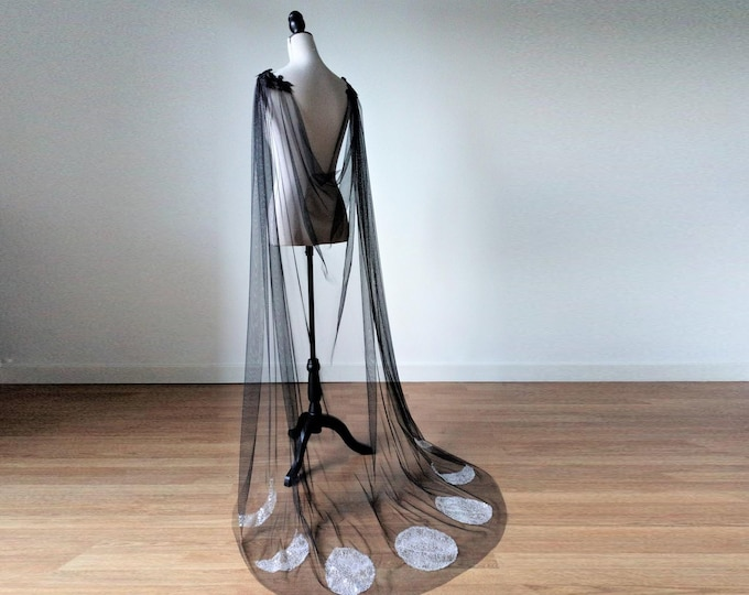 Black Witch Cloak, Black Moon Cloak, Black Wedding Cape, Witchy Long Cape, Black Tulle Cape, Moon Phases Cloak, Wicca Wedding dress