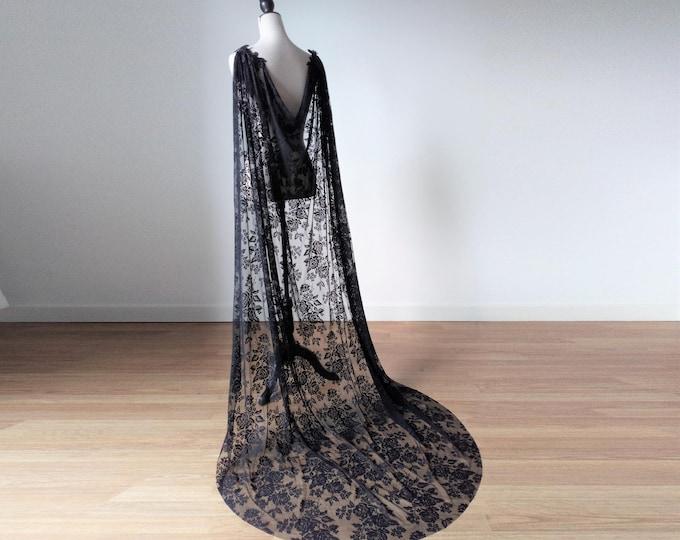 Black wedding dress cape, Black lace cape for halloween wedding, Lace wedding cloak, Gothic bridal cape, Lace cover up cape, Shoulder cloak