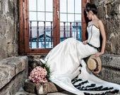 Gothic wedding dress - Mermaid wedding dress - Ivory and black corset wedding dress - Corset wedding dress - Steampunk wedding dress